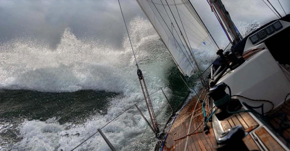 SailboatInStorm